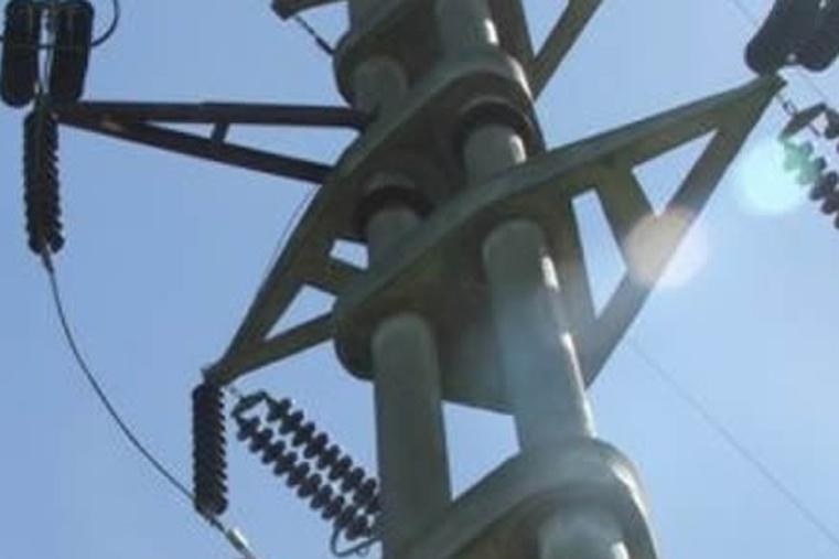 Intentaron robar cables de la red eléctrica en la zona de la Costa