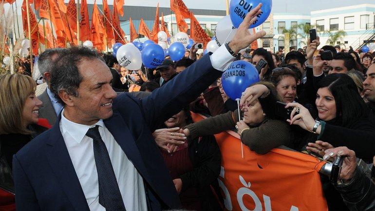 Scioli volvió a diferenciarse de Macri y Massa: