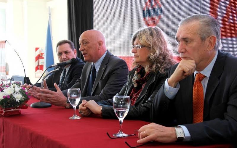 Comienza el 2º Congreso de Educación y Producción con 300 referentes de la región Rosario