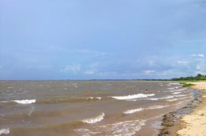 Costanera Este: un hombre murió ahogado tras salvar a una niña en la playa frente al Conicet