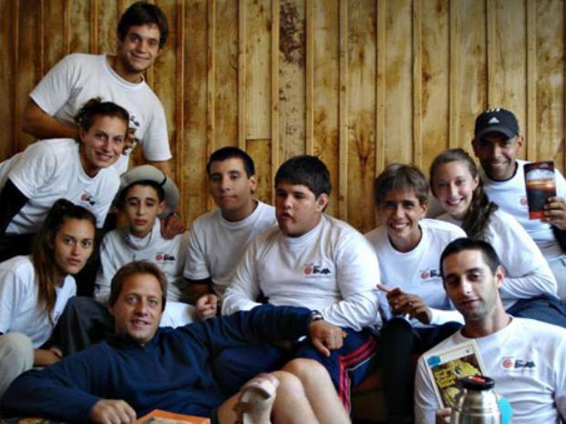 Una docena de chicos rosarinos, la gran mayoría autistas, cruzará Los Andes a pie