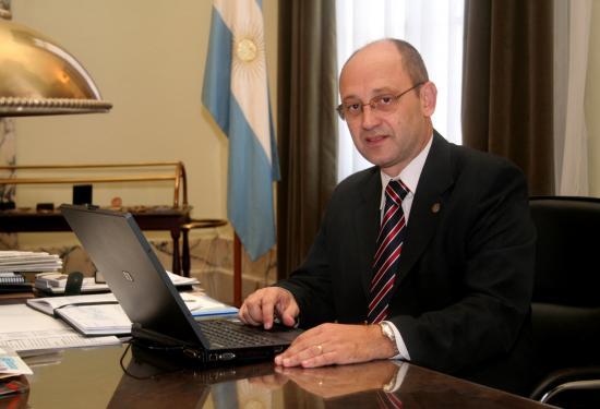 Albor Cantard fue electo presidente de la AUGM