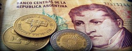 Proponen que los cajeros tengan detector de billetes falsos