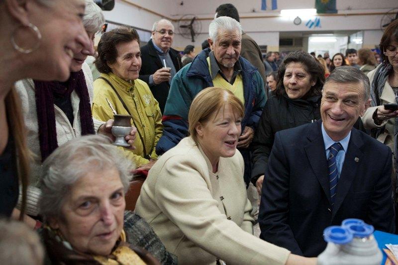 Hermes Binner salió a buscar votos en el conurbano bonaerense