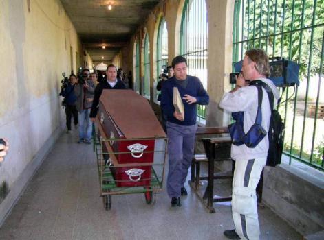 Cesantearon a seis agentes del servicio penitenciario por la masacre de Coronda