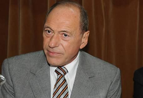 Zaffaroni dice que su reforma no habilita la re-reelección