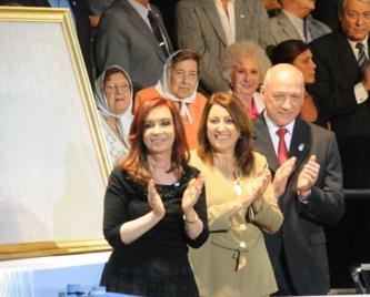 Los discursos del Gobernador Bonfatti y la Intendente Fein
