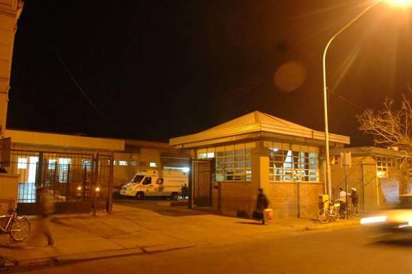 Murió un joven que fue apuñalado en Barrio Santa Rosa de Lima