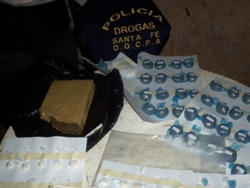 Secuestraron marihuana y cocaína en Las Parejas