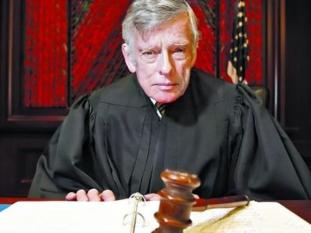 El juez Griesa autorizó al Citigroup a pagar bonos en dólares con legislación argentina