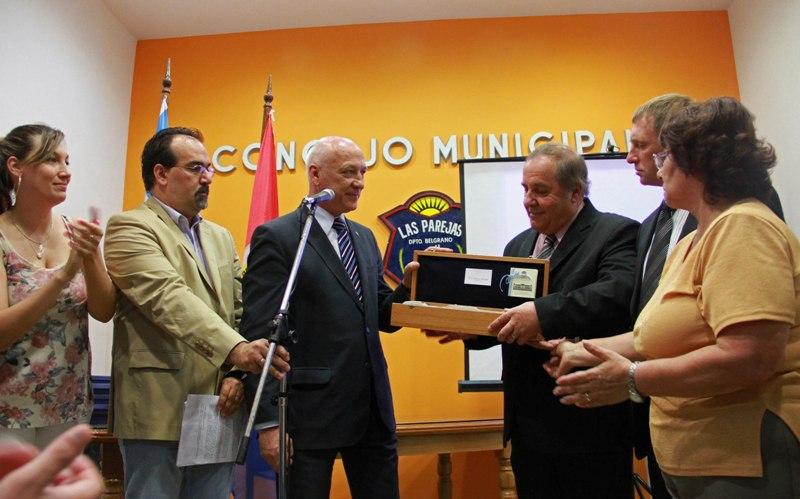 Antonio Bonfatti asistió al acto conmemorativo por 25º aniversario del Concejo Municipal de Las Parejas