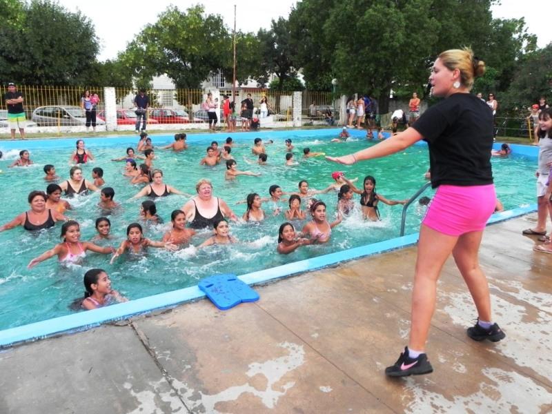 Desde el 2 de enero funcionarán las Escuelas de Natación de la Municipalidad