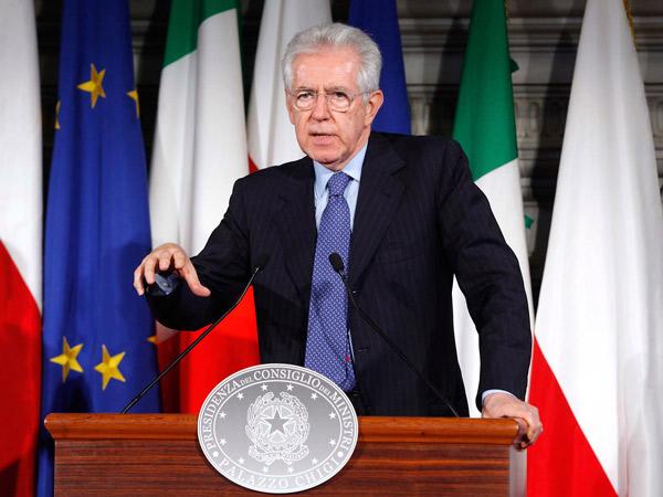 Mario Monti presentó su renuncia