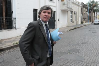 El fiscal Murray le pidió los legajos de tres policías de investigaciones al jefe de la Unidad Regional II