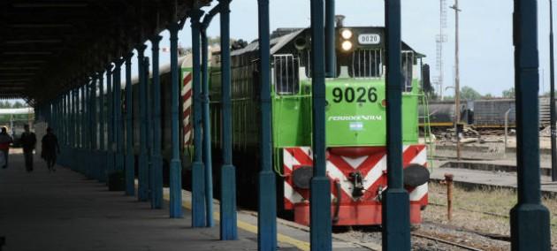 El gobierno nacional avanza hacia la reactivación del tren que une a Rosario con Buenos Aires