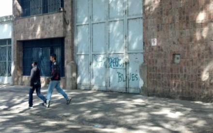 Asalto a mano armada en una sodería de barrio Refinería, ubicada a una cuadra de la seccional 8ª