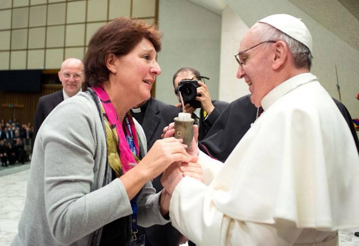 El Pontífice recibió un mate de regalo