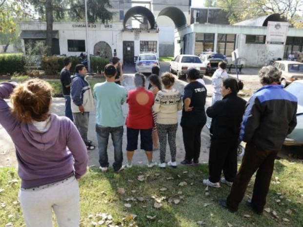 Internos de la seccional 30ª realizaron una protesta con quema de colchones por el traslado de un interno