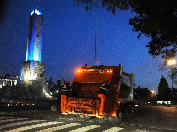 La Municipalidad refuerza la recolección de residuos con vistas al paro de camioneros del lunes