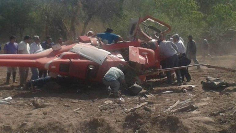 Realizarán pericias para determinar las causas del accidente del helicóptero de Gioja