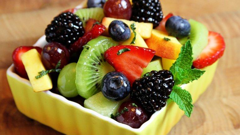 Por los altos precios, recomiendan no consumir frutas con carozo en las Fiestas