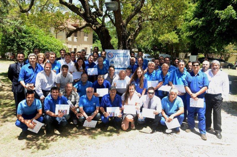 Entregaron certificaciones de competencia laboral a empleados de Aguas Santafesinas SA