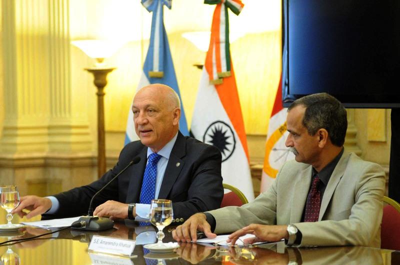 Antonio Bonfatti encabeza una misión comercial e institucional a la República de la India