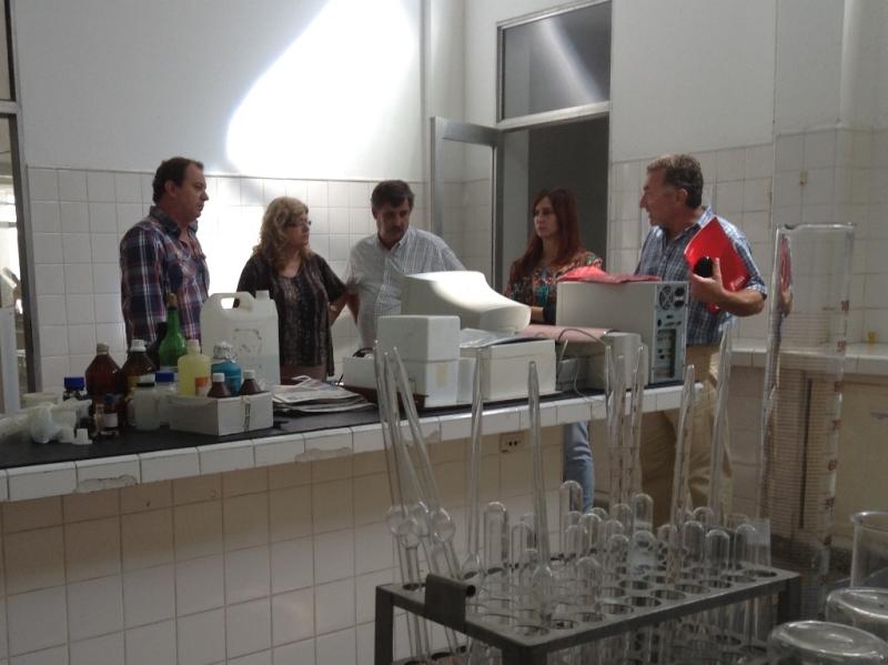 Claudia Balagué entregó fondos a dos escuelas técnicas de Frank y San Carlos Centro