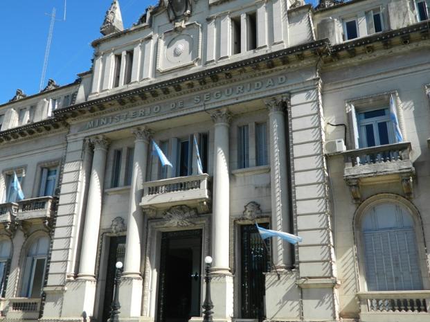 Crearán un nuevo Tribunal de Conducta para la policía santafesina