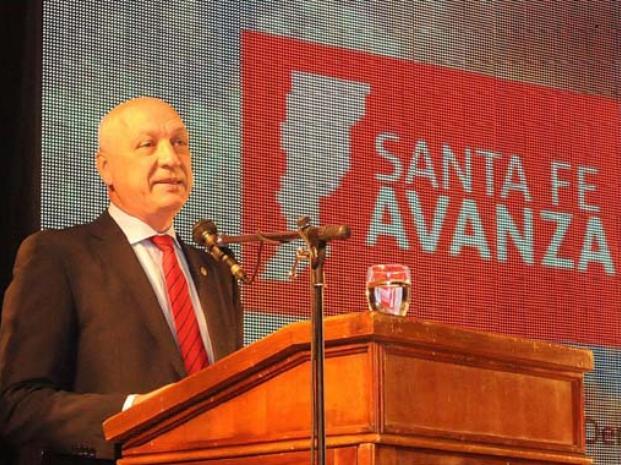Antonio Bonfatti disertará en Harvard sobre el modelo de salud pública santafesino